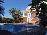 Villa with sea views and in walking distance to beautiful sandy dunes beach