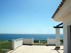 New apartment at first line beach, overlooking a golf course, with views to Gibraltar and Africa